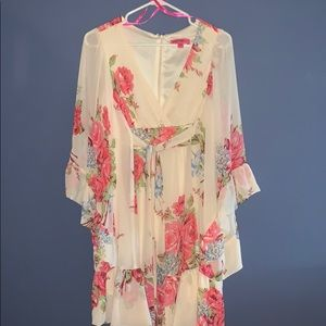 Betsey Johnson Floral Flowy Dress Size 8